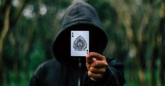 Connaissez-vous vraiment vos atouts et vos faiblesses au poker ? Quelle est votre meilleure carte autour de la table ?