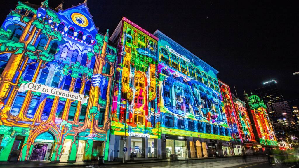 Vidéo mapping sur des immeubles